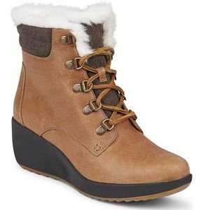 Sperry • brand new booties with wedged heel